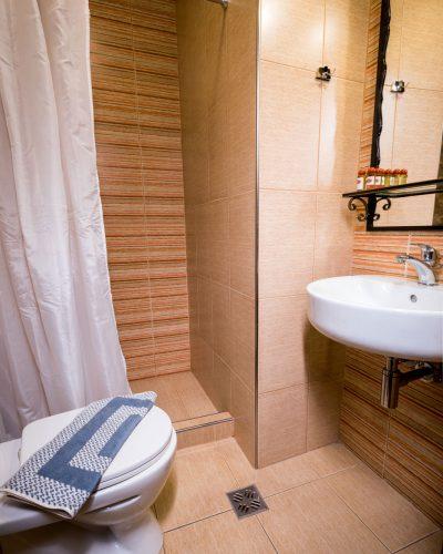 hagiati hotel bath 5